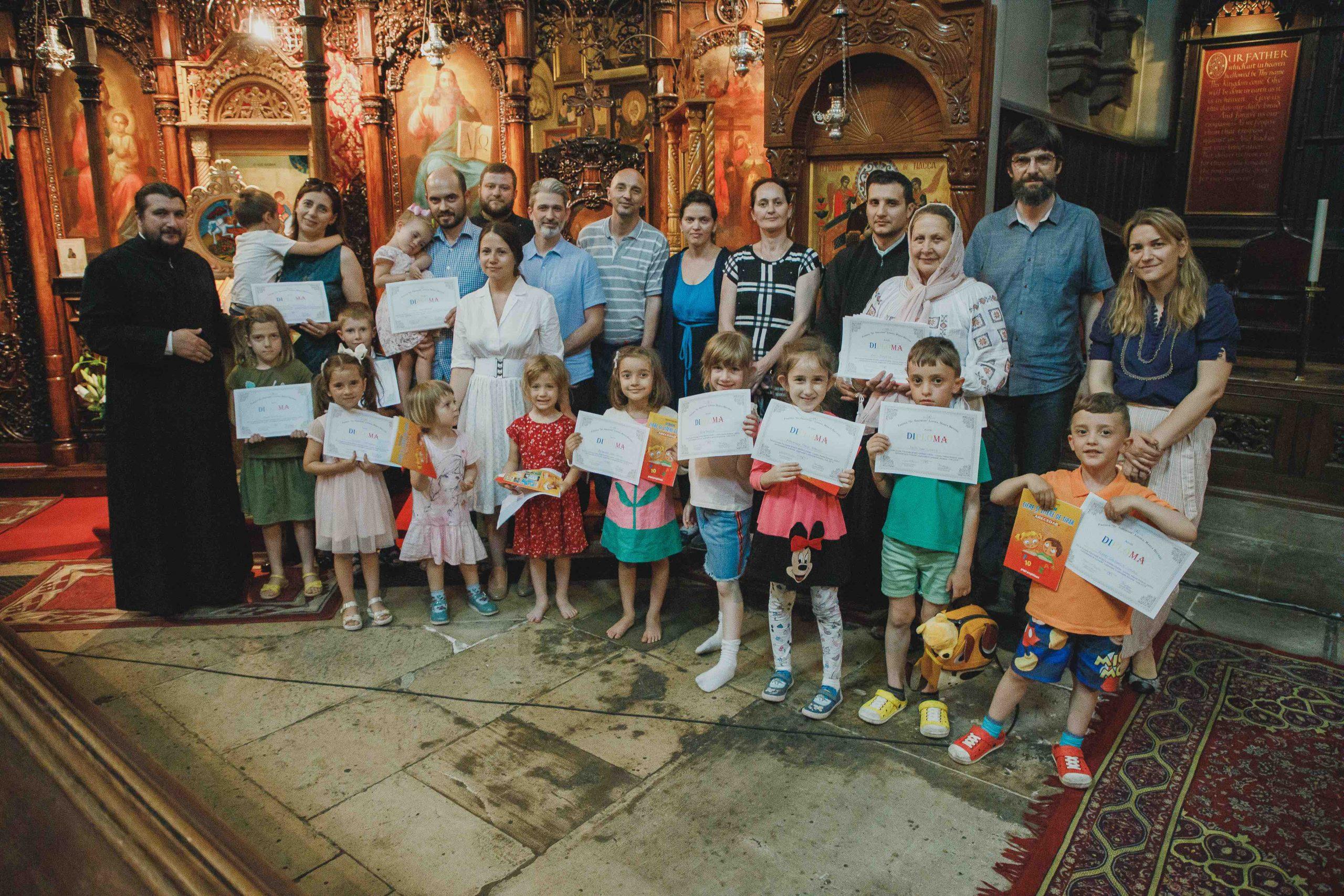 Acordarea diplomelor Grupa Mică – Iunie 2019